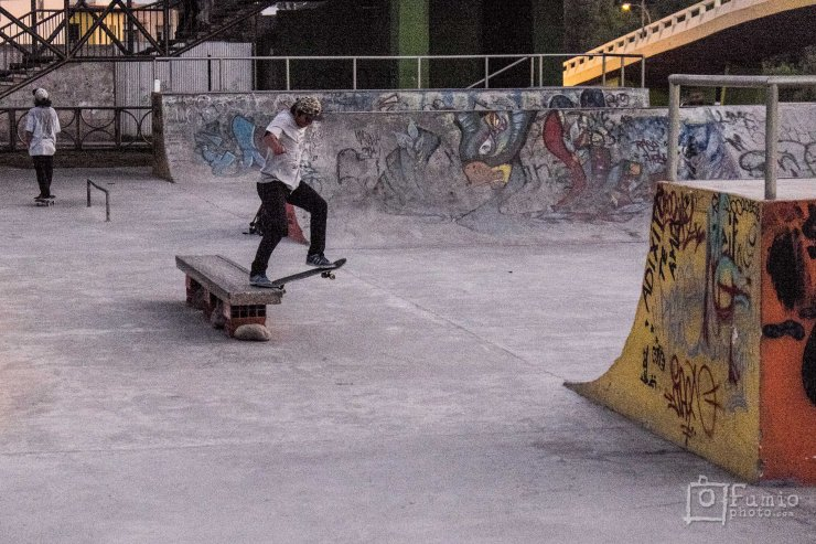 Front tail shuv one